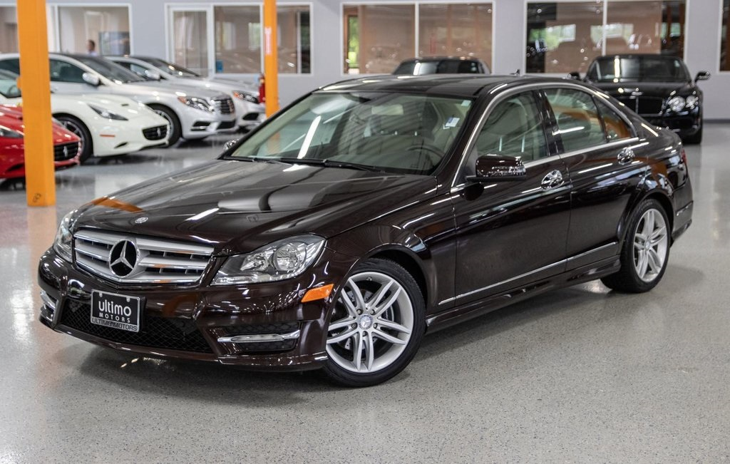 Pre Owned 2012 Mercedes Benz C Class C 300 Warrenville Il